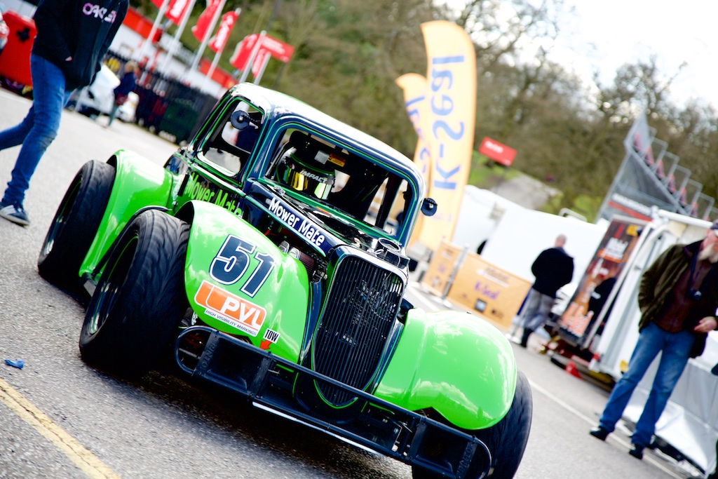 2015 - Round 2 - Brands Hatch Gallery Image 23