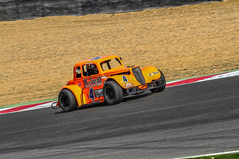 2015 - Round 3 - Brands Hatch Gallery Image 2
