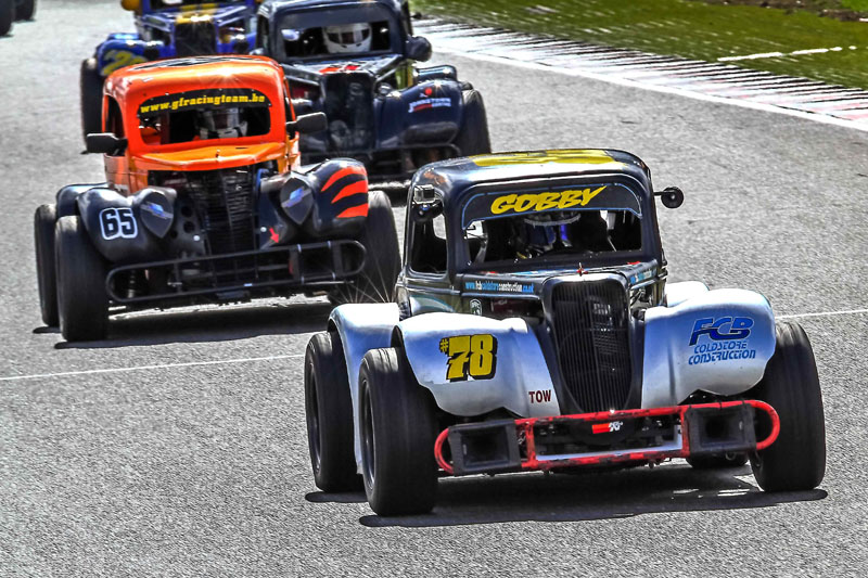 2015 - Round 3 - Brands Hatch Gallery Image 5
